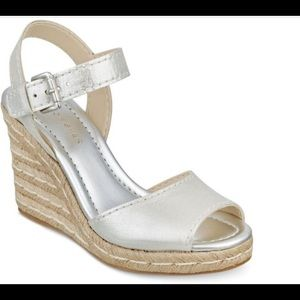 Marc Fisher Maiseey Leather Espadrille sandal